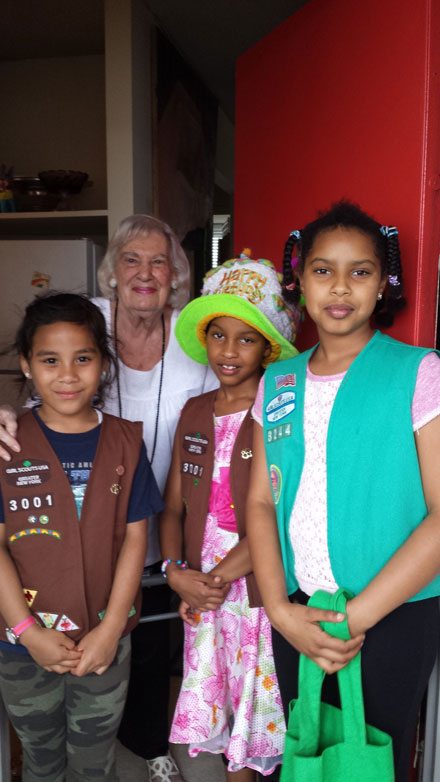 Volunteers from Roosevelt Island Girl Scouts Troop 3001 Visiting a Senior